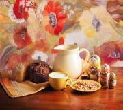Pan y leche Fotografía de archivo libre de regalías