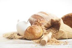 Pan y rollos de la panadería Fotografía de archivo