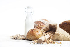 Pan y rollos de la panadería Imagen de archivo