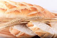 Pan y trigo tajados Fotografía de archivo libre de regalías