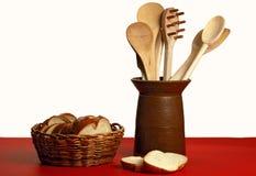 Pan y utensilios Imagen de archivo libre de regalías