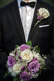 pana młodego bukiet gospodarstwa podobieństwo stonowany ślub Zdjęcia Stock
