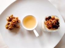 Panacotta健康样式、螺母和蜂蜜 免版税库存图片