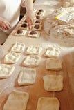 Panadero Making Sweet Pastry Fotografía de archivo libre de regalías
