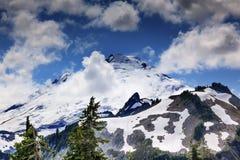 Panadero Under Clouds del soporte del artista Point Washington State fotos de archivo