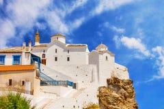 Panagitsa Tou Pirgou教会在斯科派洛斯岛镇 图库摄影