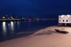 Panama City på natten från Casco Viejo royaltyfri fotografi