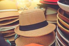 Panama hattar på försäljning Arkivbild