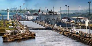Panamakanal lizenzfreie stockbilder