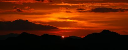 Panarama de coucher du soleil Image stock