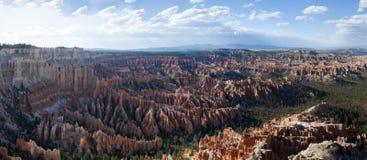 Panarama de stationnement national de canyon de Brice Images libres de droits