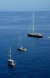 Panarea海边小船景色  免版税库存照片