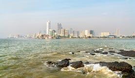 Panaroma Mumbai od Haji Ali Dargah indu zdjęcia royalty free