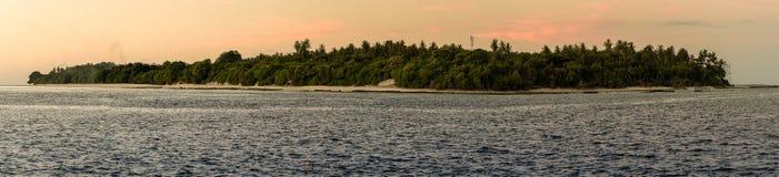 Panaromazonsondergang van eiland Royalty-vrije Stock Afbeeldingen