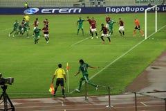 Panathinaikos Athene versus de Voetbal van Sparta Praha Stock Foto's