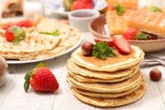 Pancake assortito immagini stock