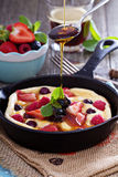 Pancake with berries fluffy and colorful Stock Photography