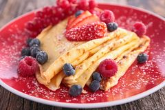 Pancake with berry Royalty Free Stock Photography