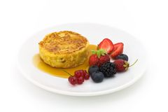 Pancake with berry fruits Royalty Free Stock Images