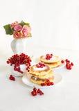 Pancake casalinghi deliziosi del formaggio di carnevale Fotografia Stock