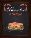 Pancake con l'arancia e l'inceppamento sul piatto Fotografia Stock