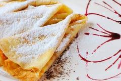 Pancake con zucchero in polvere Fotografie Stock Libere da Diritti
