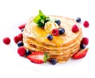 Pancake. Crepes con le bacche Fotografia Stock