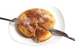 Pancake del Apple su una zolla Fotografia Stock Libera da Diritti