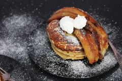 Pancake del caramello Immagine Stock