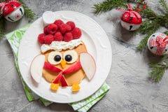 Pancake del gufo per la prima colazione di Natale Fotografia Stock