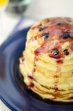 Pancake del mirtillo Fotografie Stock Libere da Diritti