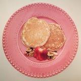 Pancake della farina d'avena della fragola Fotografia Stock Libera da Diritti