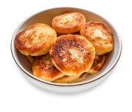 Pancake della ricotta su una zolla Fotografie Stock Libere da Diritti
