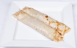 Pancake farciti con carne ed i funghi Fotografie Stock Libere da Diritti