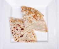 Pancake farciti con carne ed i funghi Immagine Stock Libera da Diritti