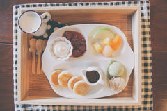 Pancake with icecream and fruit Royalty Free Stock Images