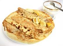Pancake, limone e zucchero del crepe di inglese Immagini Stock Libere da Diritti