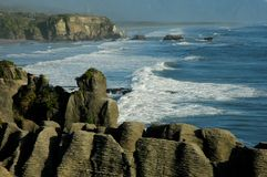 Pancake rocks. With ocean as background Stock Photography