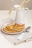 Pancake russi del frumento e della segale Immagini Stock Libere da Diritti