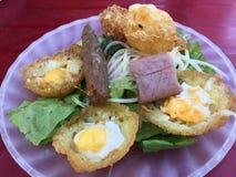 Pancake saporito della noce di cocco del khot di Banh mini Immagine Stock