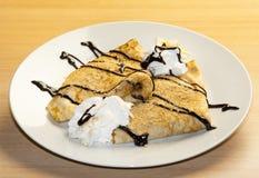 Pancake su un piatto Fotografia Stock Libera da Diritti