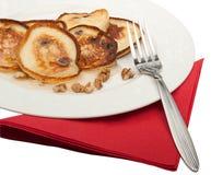 Pancake su una zolla con miele e le noci Fotografia Stock