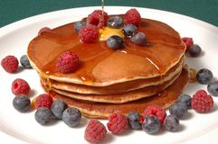 Pancakes with berries Royalty Free Stock Photography