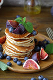 Pancakes with figs and honey Royalty Free Stock Images