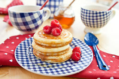 Pancakes with fresh berries Stock Photography
