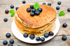 Pancakes with fresh berries Royalty Free Stock Photography