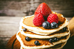 Pancakes with fresh summer berries Royalty Free Stock Images