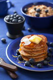 Pancakes with syrup and blueberry Royalty Free Stock Images