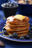 Pancakes with syrup and blueberry Stock Photography