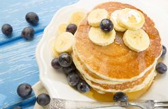 Free Pancakes With Blueberries And Banana Stock Images - 103099374